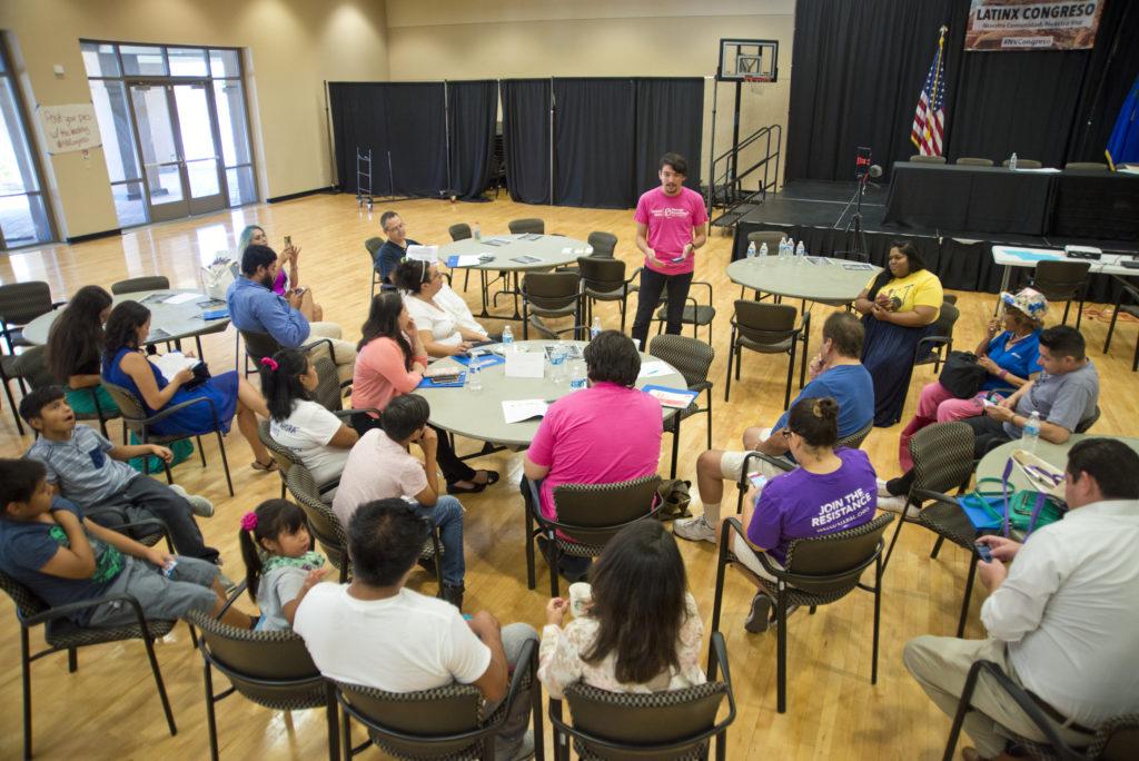 Un grupo de discusión sobre temas Latinx