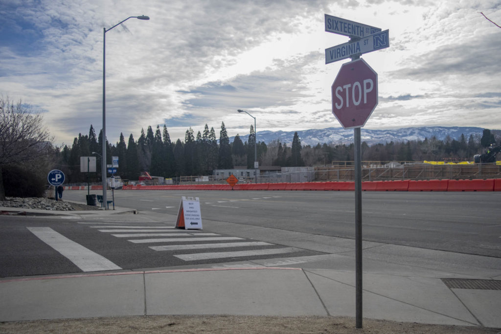 La señal de stop en N. Virginia y la calle 16.