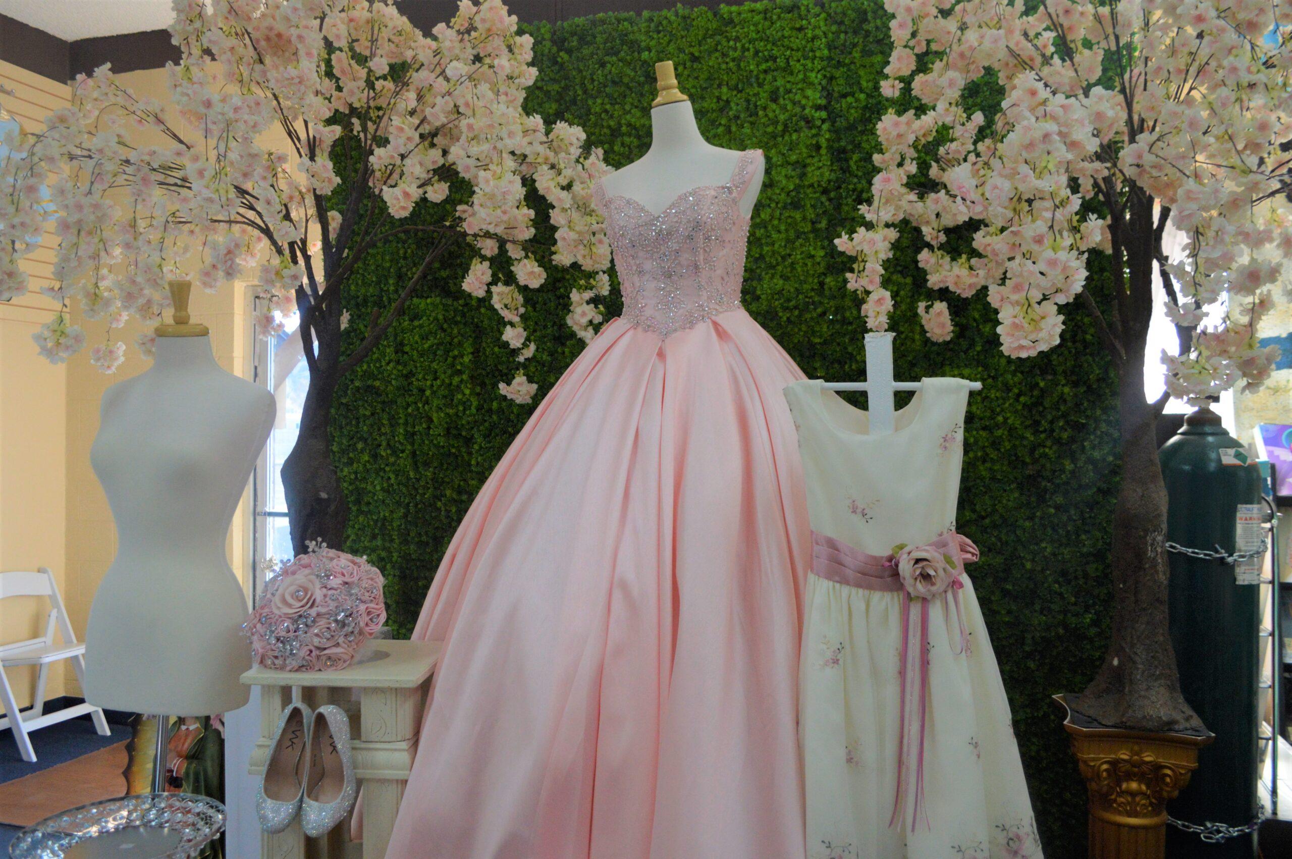 Un vestido rosa de quinceñera