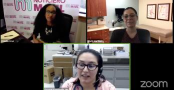 Tres mujeres en las pantallas de vídeo durante una platica por Zoom.